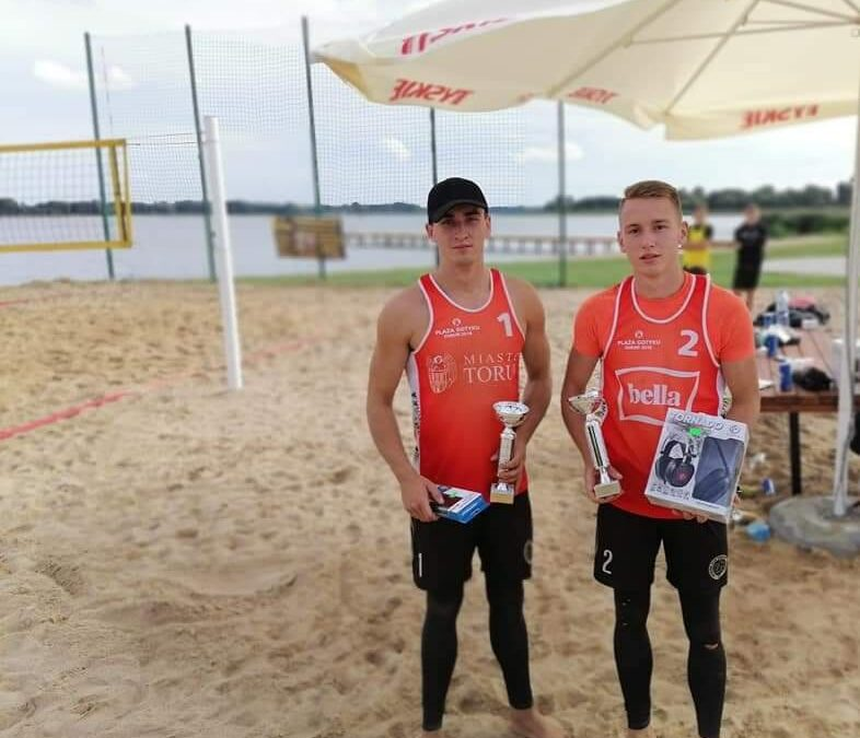 Hubert i Szymon Baranowscy na podium