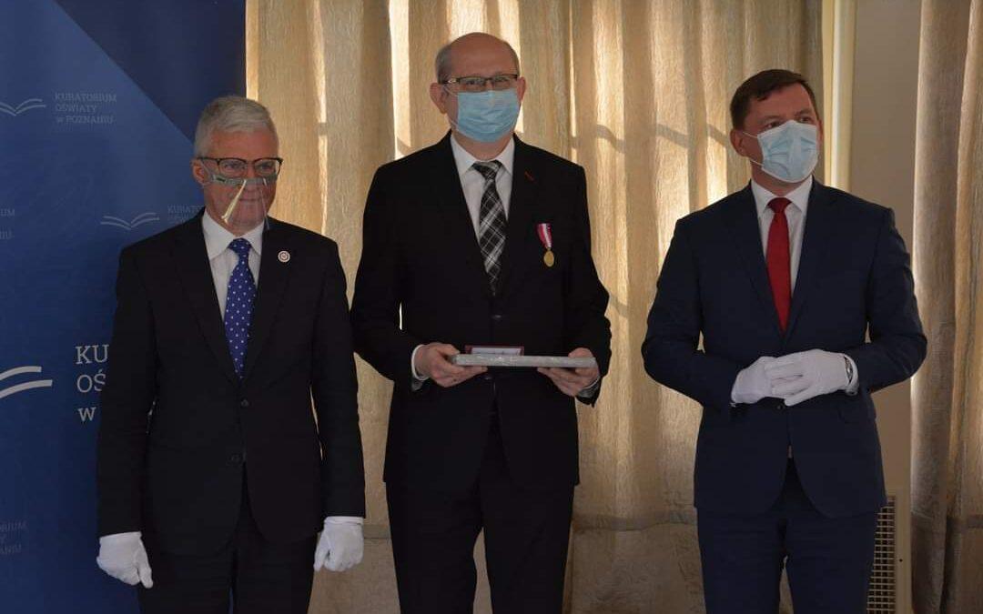 Pan Andrzej Bartczak odznaczony prezydenckim Medalem za Długoletnią Służbę.