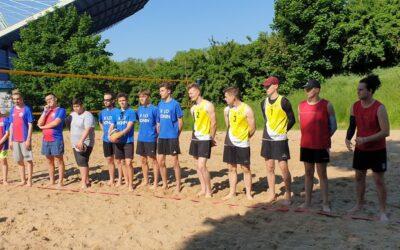 Licealiada 2021- trzecie miejsce w siatkówce plażowej uczniów ZST